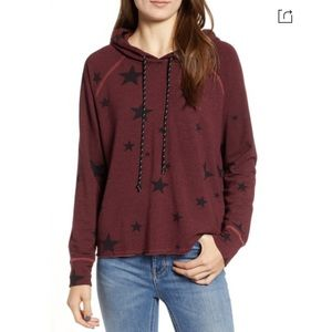 SUNDRY Star-Print Hoodie Sweatshirt in Marsala
